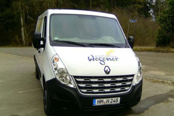 fahrzeugbeschriftung-baeckerei-wegener-traffic-02-h60004EEAC74-A6CF-F83E-C3E9-1887C20F1A5F.jpg
