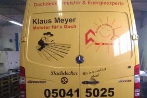 fahrzeugbeschriftung-dachdeckerei-klaus-meyer-db-sprinter-01-hinten-h7003315C29A-2578-9338-4A7A-75469D3B3B85.jpg